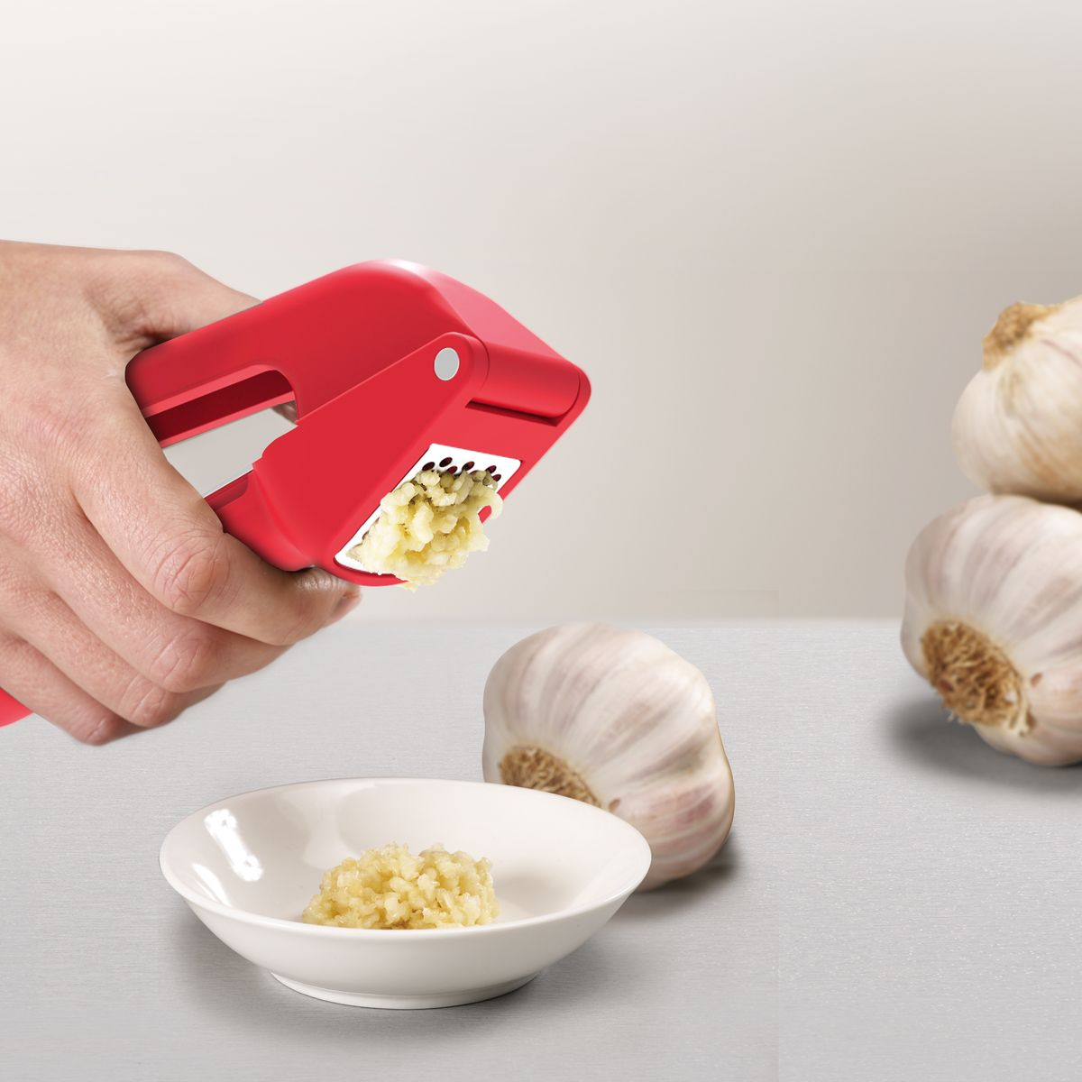 Joseph Joseph Duo Red Garlic Peeler Red
